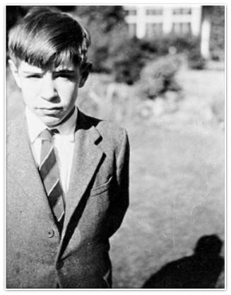 A photo os Stephen Hawking as a boy. (Credit: Mary Hawking )